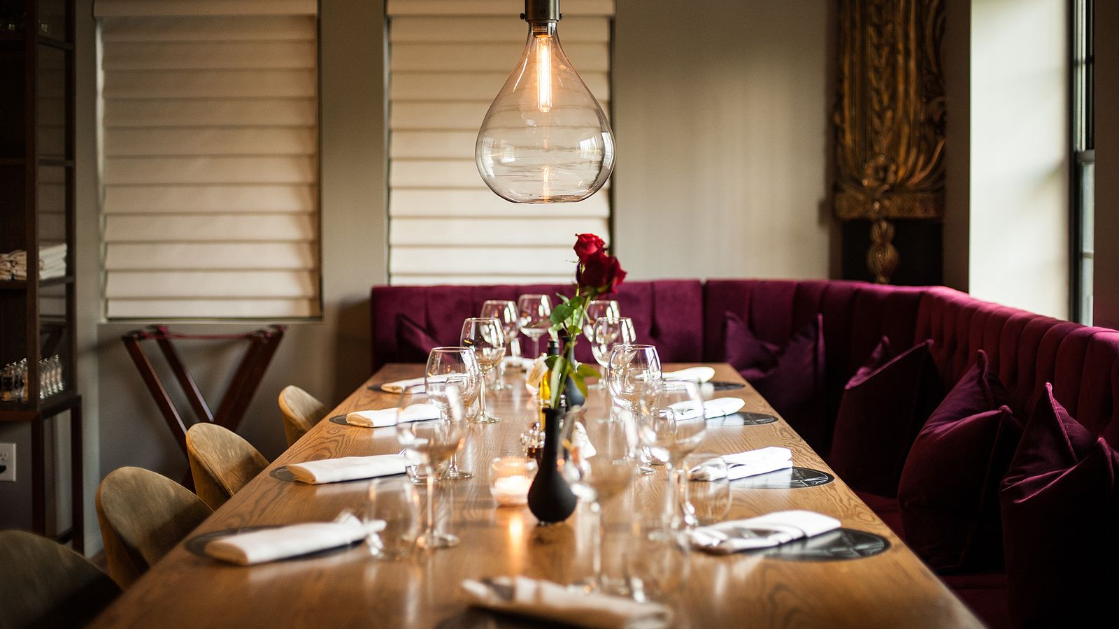 Host your own private dinner with the facc los angeles - Le petit salon paris ...
